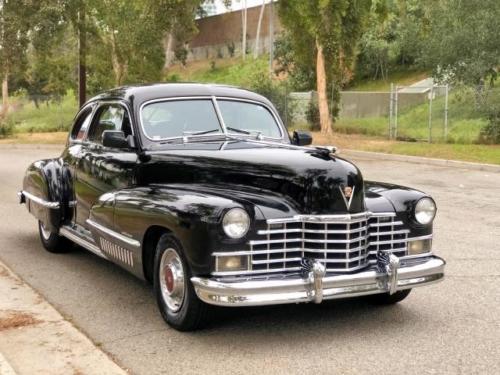 1946 cadillac series-61