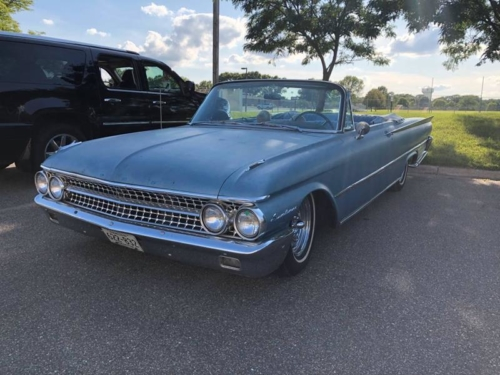 1961 Ford Sunliner convertible
