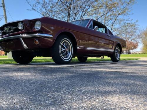 1966 FORD MUSTANG FASTBACK GT V8