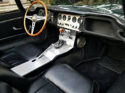 1962 JAGUAR E-TYPE XKE ROADSTER