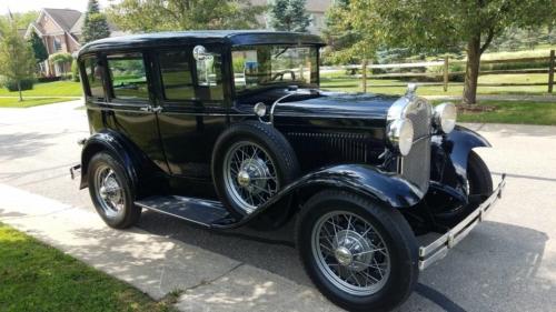1930 FORD T DELUXE !!! JAK NOWY !!! W PĘŁNI ODRESTAUROWANY !!!